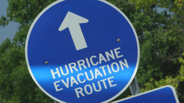 hurricane-categories-evecuation-route-sign